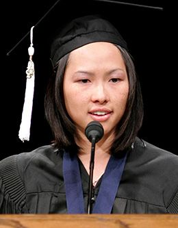 Shuei Chen Valerie Woo, student representative of the April 2005 graduating class